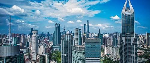 在打击炒房客,严禁炒房客入市的情况下,楼市的需求减少,今年楼市金九银十的成交状况估计也不容乐观。