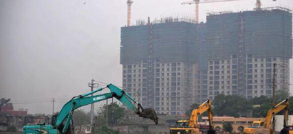 震惊业内!融创中国近700亿大手笔投资拿地,钱从哪儿来的?
