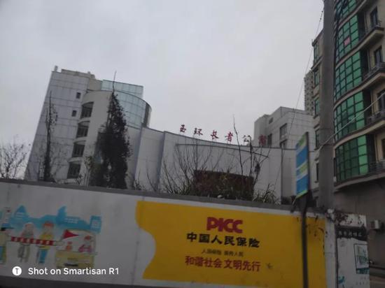 我算是去过上海不同类型的养老院的,在我老家能够看到这样设备齐全软硬件兼顾的养老院,说实话满让我意外的。