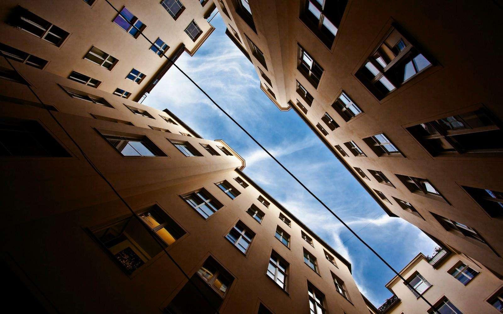 1—10月份全国房地产投资增幅回落,全年有望增长10%以上