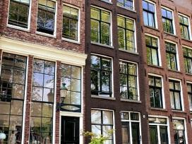 11月100城市二手住宅挂牌均价降至15268元/平方米,连续三月下跌且跌幅持续扩大