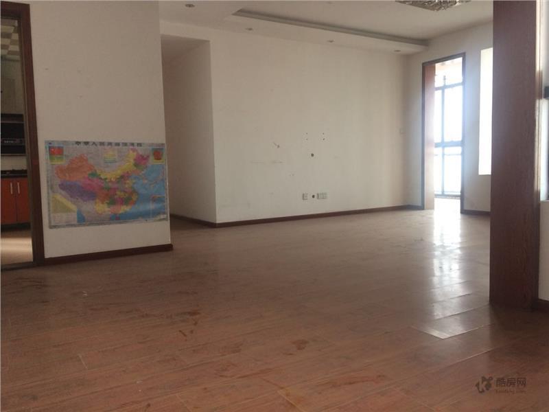 鑫苑名家二期3室1厅110.68平米租房