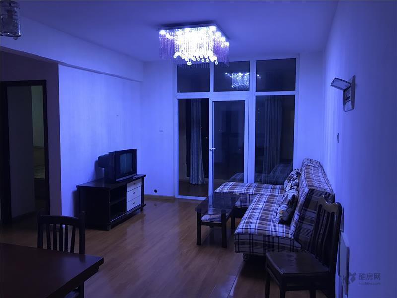 东山国际新城H区2室2厅73平米租房