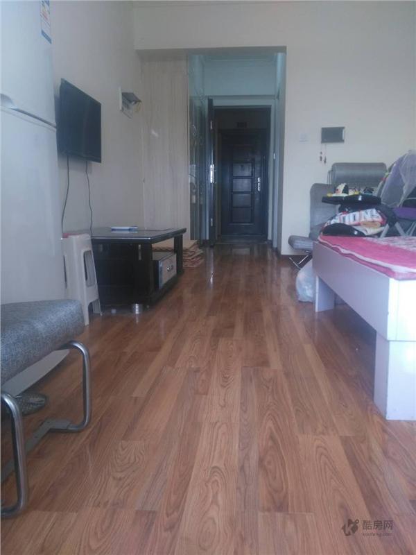温哥华南苑1室1厅45平米租房
