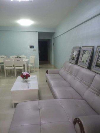 在售!金色家园大3房2厅2卫2阳台,房东精心装修,花园式小区