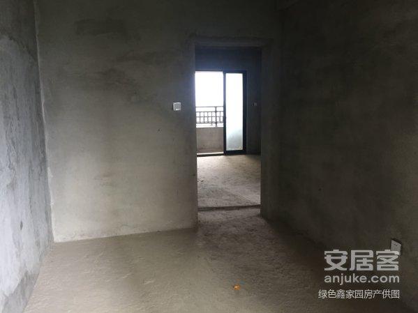 美伦东锦缘西南北三面采光标准三房三阳台可改四房
