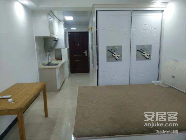 万达广场精装修单身公寓一线江景房拎包入住