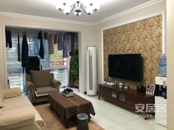 新区榴香园4楼三室两厅121平带26平车库100万出售
