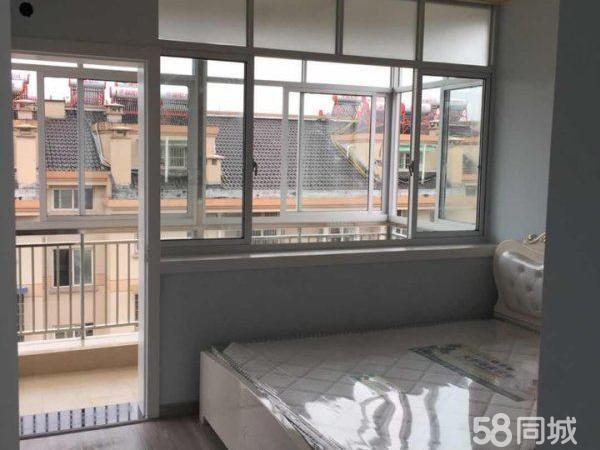世纪雅筑2室2厅1卫48万全新装修边套边套