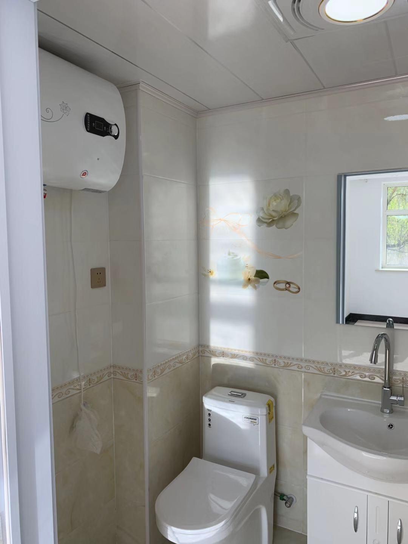 龙沙新合家园1室1厅1卫41.68平米