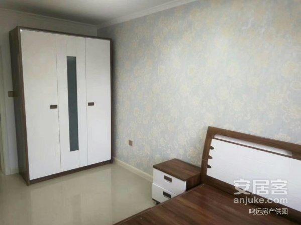 福鼎小区,正二楼一室半,53米,南北通透,精装修,代床家具,