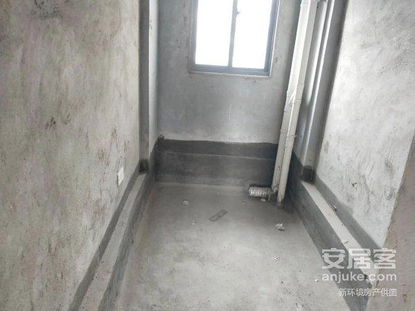 万达附近巨友中央公馆毛坯大3房送2个露台视野无敌