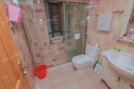 越湖名邸2室2厅1厨1卫110.5m²精致装修二手房