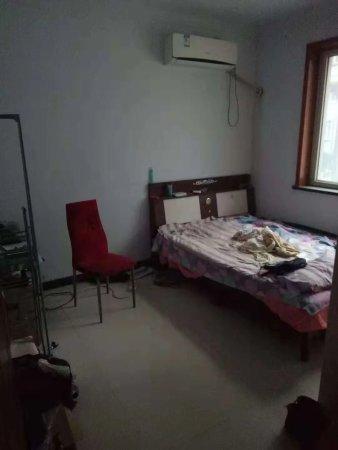 豫珠苑一层带院三室两厅120平精装