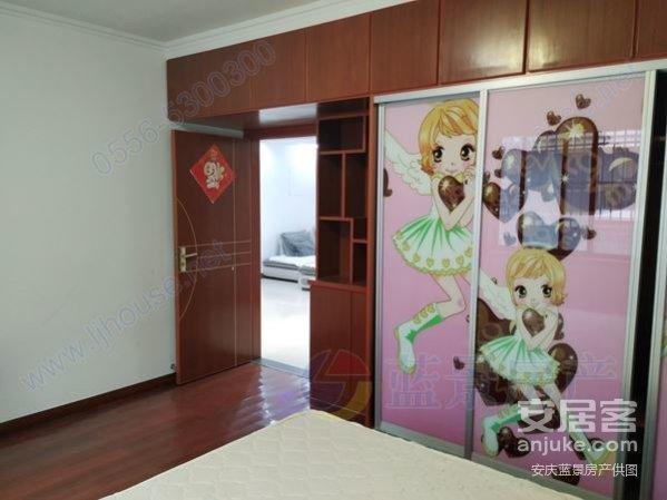 南园山庄4室2厅自住房精装修飘窗落地窗