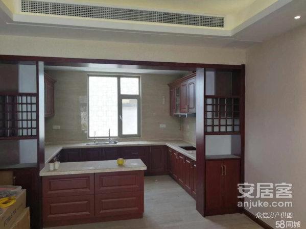 山水龙庭别墅470.23平,6室3厅3卫,豪华装修,790万
