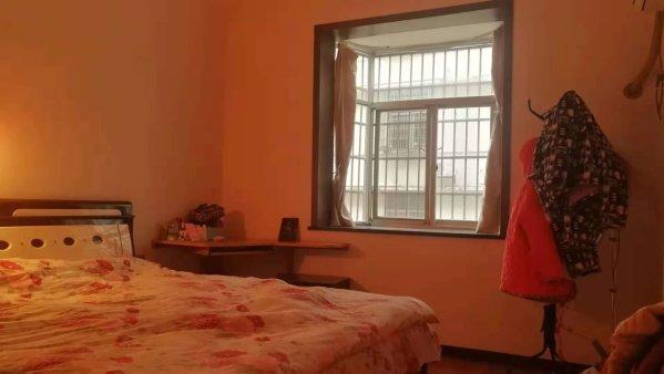金华豪园天源美景3房2厅138平好楼层,急售63.8万!!