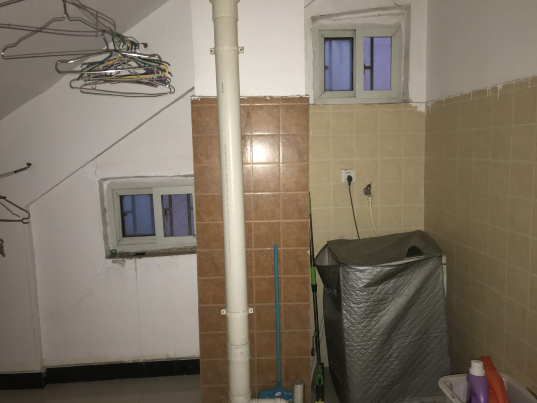 精装 带电梯 南北通透 3室