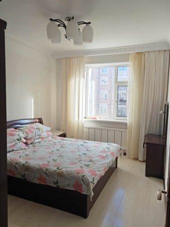 凯旋城一期4楼三室精装修售价55万