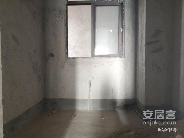 朝正南华达新城笋盘出售,3房2厅2卫,单价低至7000!!!