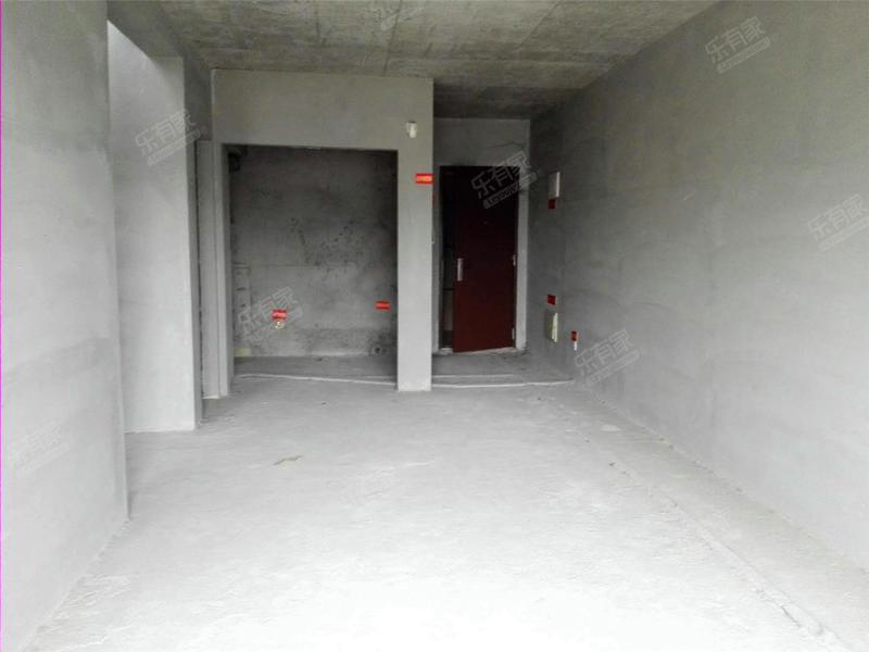 万科金色城品 马上可入住 有钥匙 来电即刻安排看房