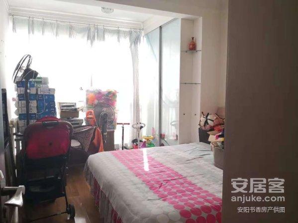 华城国际精装3室双证可贷款观景楼房带全套家具家电