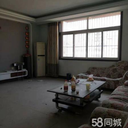 北苑小区宽敞4室大面积住房精装收拾即住适合拆迁整家住