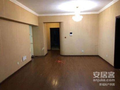 财富中心旁北京路沿线江东花园好世界精装2房126万急