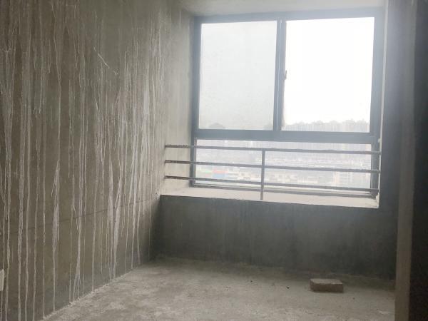 居仁村二区电梯跃层5房209平59万毛坯急售