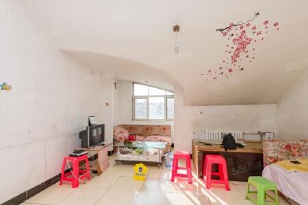 云龙家园 南北一居室 商品房满五年一套住房 诚心出售二手房