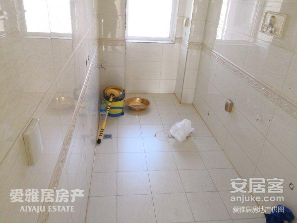 龙泽雅苑小高层116平婚装40万急售有房本