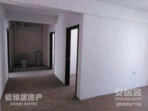 龙泽雅苑69平米北方厅5层仅售18万包所以税钱