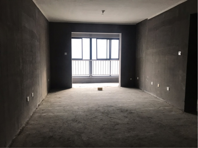 天朗御湖 3室2厅 160.0万好房
