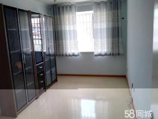 西雁5楼两室两厅精装修拎包入住