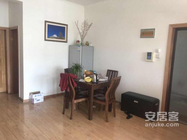 娘热乡城福苑房屋出售,三面朝南电梯公寓可押尾款过户时支付