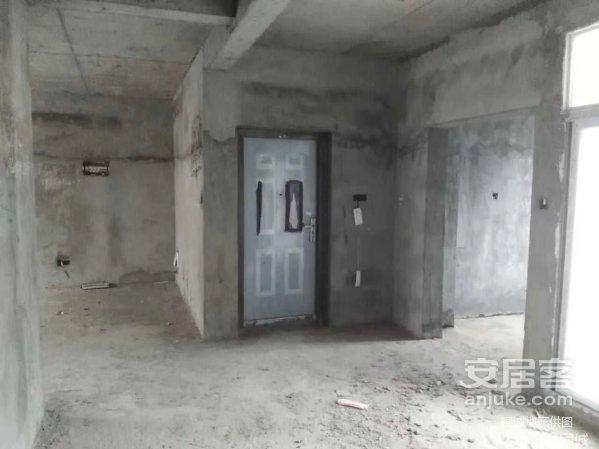 梓山湖紫龙郡中高楼层大三房出售