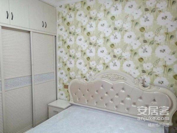 车城小区3楼套3精装房70年产权证件齐全看房方便