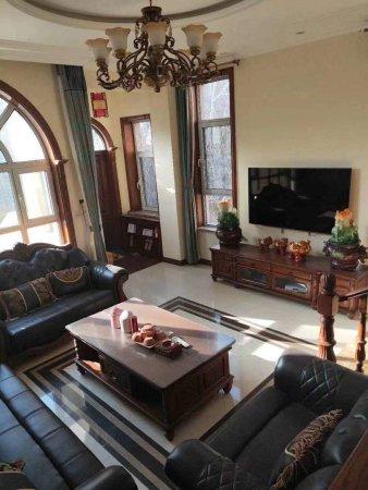 出售大禹塞维利亚别墅,1到4楼,待地下车库,豪华装修