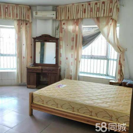 鸿福小区 88平米三房 低价出手鸿福小区 88平米三房 低价出手
