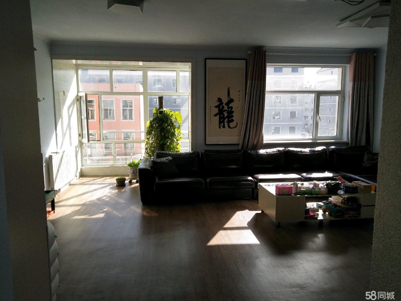 拎包入住,精装修3.4楼复式+车库+地下室,非顶层。