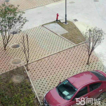 平桂公务员小区复式楼首付35万无敌江景房