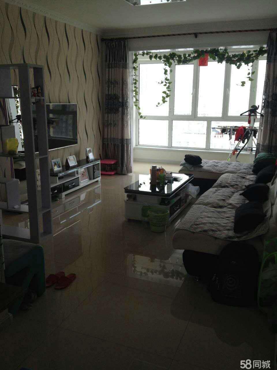尖山水木清华2室2厅1卫101平米精装婚房