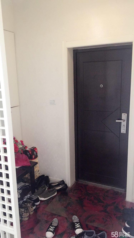 新德政园2室2厅1卫精装修婚房拎包入住