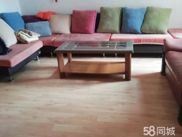 天河园小区97平米3楼好房出售价格49万