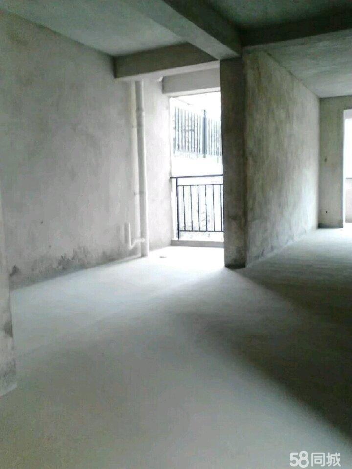 合山红河小区3室2厅2卫25万