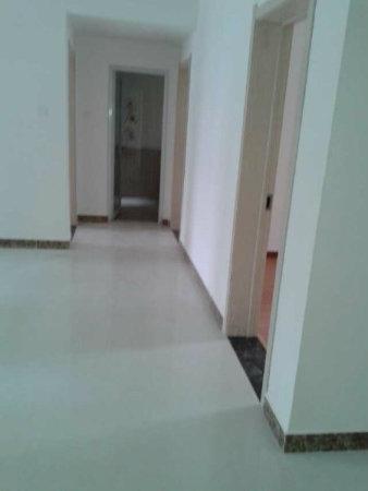 国购豪华装修全屋地暖3室证满两年国购豪华装修全屋地暖3室证满两年