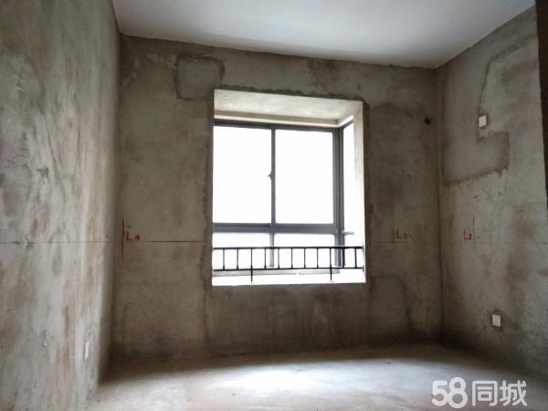 国购名城 三室两厅 证满两年国购名城 三室两厅 证满两年