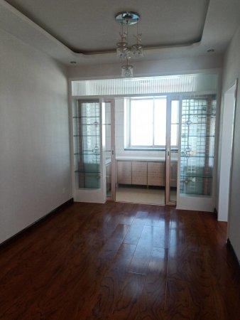 一中附近瑞详花园100平三室二厅精装地暖未住过人适婚房48,