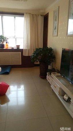 紫藤家园135平米3室2厅2卫5楼精装带家具家电56.8万售