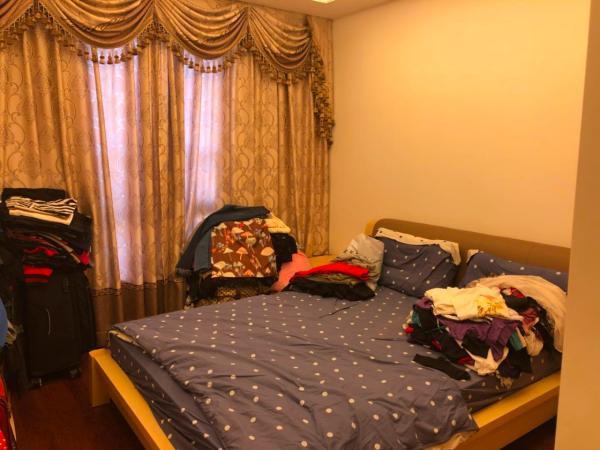 万科紫台高层, 家私家电一起卖的,很少使用,房子保养好